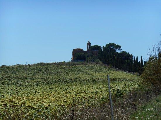 La Ripolina : The church