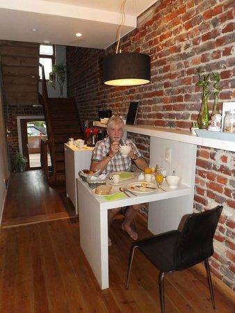 Cocoon : Breakfast area