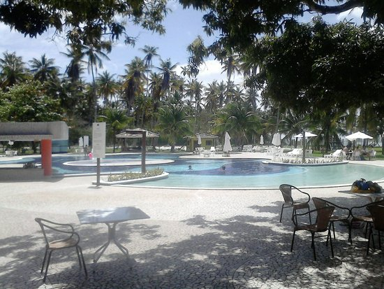 Patachocas Beach Resort: Piscina com bar molhado