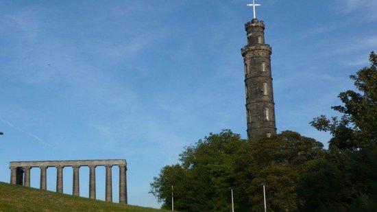 McCraes's B&B: The National Monument - a short walk away