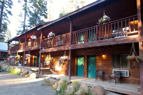 Green Springs Inn: The Lodge Building