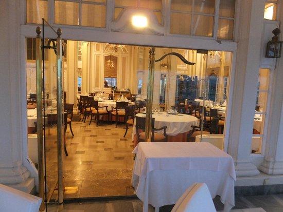Bahia Mediterraneo: Вид ресторана