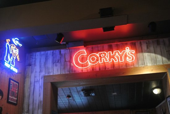Corky's BBQ: sign
