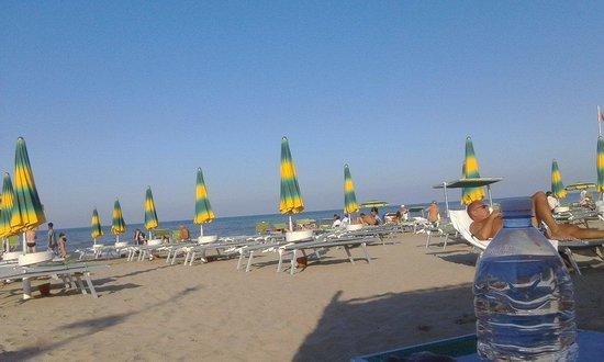 Riccione, Italien: Spiaggia 77