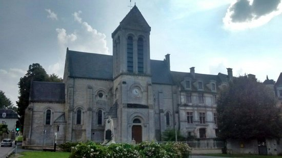 Ambleville, France: Church attached to the chateau