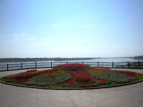 Yaroslavl Russia  city photo : Yaroslavl', Russia: terrazza sul Volga Picture of Yaroslavl ...