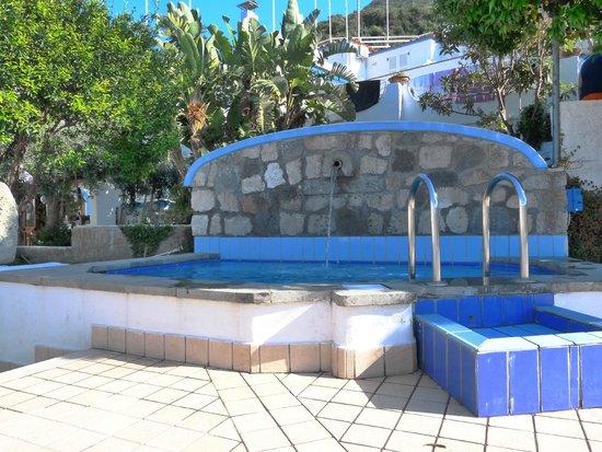 Hotel Country Club: La piscina idromassaggio