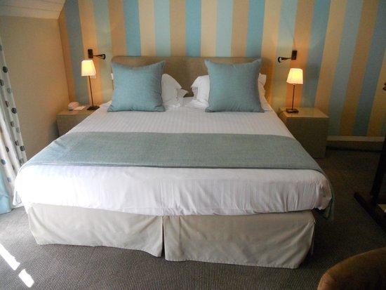 Domaine de la Tortiniere : bed