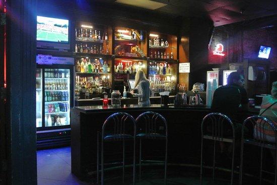 Club 152: bar