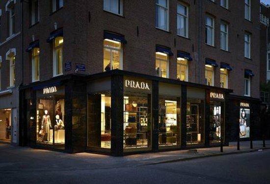 Museum Quarter: PRADA store - PC Hooftstraat 63