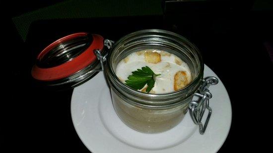 Restaurant & Cafe Sturmfrei: Vorspeise des Menüs. Pilzcremesuppe
