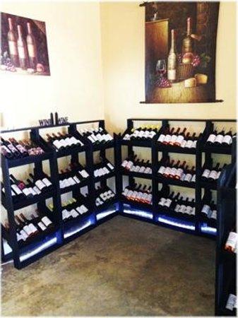 Lil' Ole Winemaker Shoppe: Wine