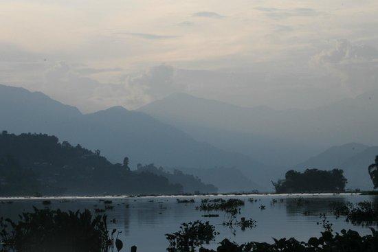 Atithi Resort & Spa: en el lago