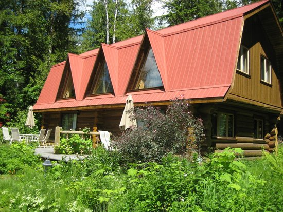 Blue Sky Resort: Two unit log cabin