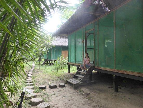 Ivy Mara Ey Lodge : exterior de las cabañas