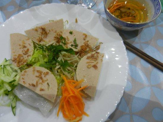 Le Jasmin : Raviolis vietnamiens au porc et aux champignons noirs (Bánh cuốn)