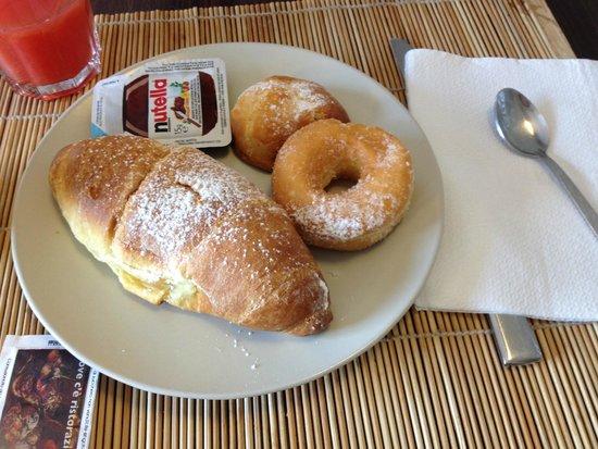 Hotel Napolit'amo Medina: colazione