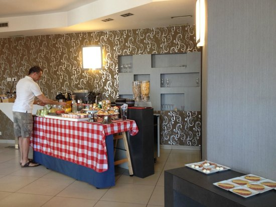 Hotel Napolit'amo Medina: buffet dolce