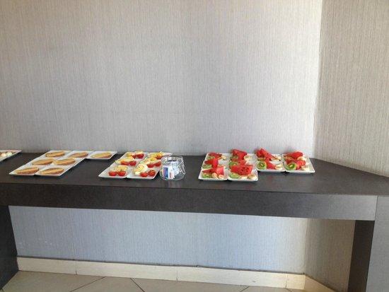 Hotel Napolit'amo Medina: buffet salato