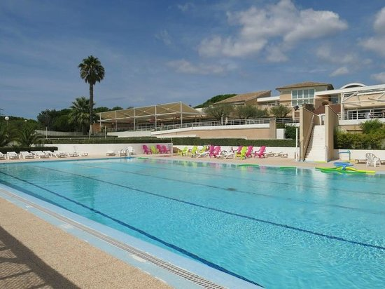 Azureva frejus lodge reviews pictures price for Hotels frejus