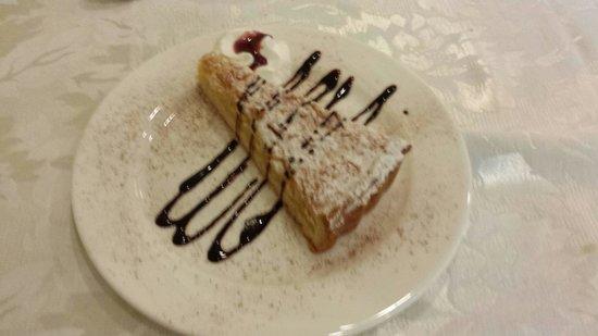Hotel Pigalle : Torta della nonna gnamm gnamm