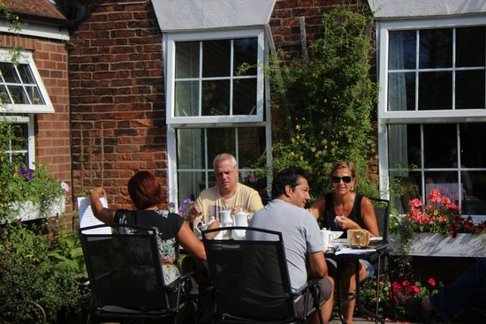 The Old Manor House at North Somercotes: Al Fresco breakfast in our garden