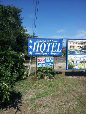 Hotel Rincon del Llano: False advertising.