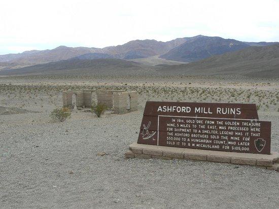 Parque Nacional del Valle de la Muerte, CA: Ashford Mill Ruins