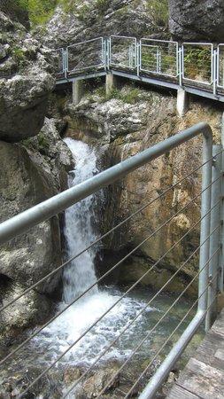 Franja Hospital: la cascata