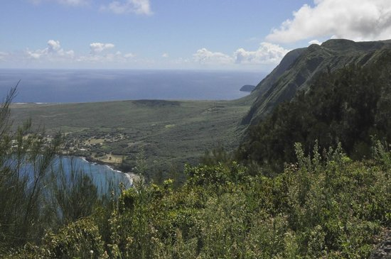 A Touch of Molokai: Kaluapapa Overlook and the great cliffs