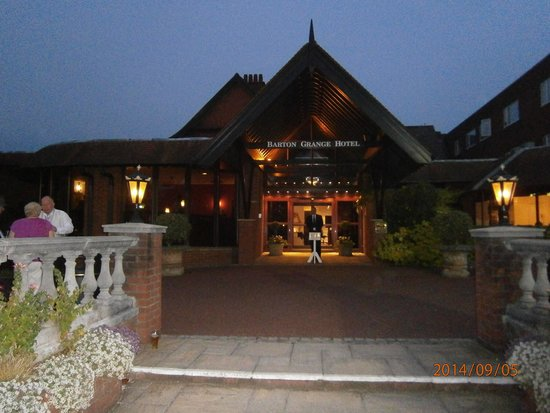 Barton Grange Hotel : Main Entrance