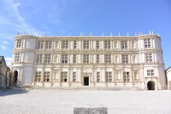 Château de Grignan : facade principale