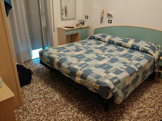 Hotel Letizia: Camera