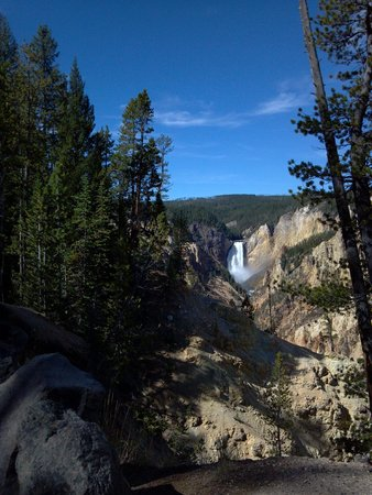yLoop Road Trips - Day Trips: Yellowstone River Falls