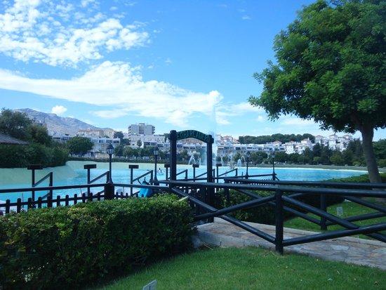 Parque La Batería: Embarcadero del lago artificial