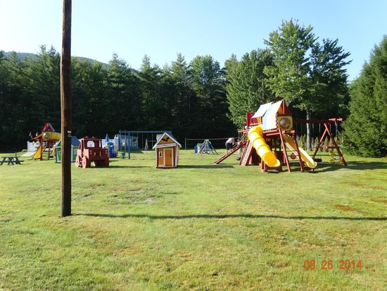 North Colony Motel and Cottages : Outdoor Children's play area