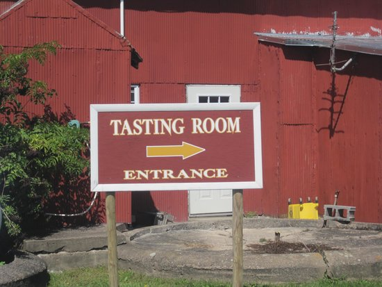 Thousand Islands Winery: this way to good wine