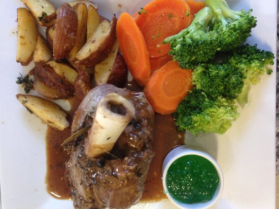 Cafe Amici: Lamb shank
