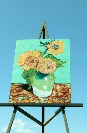 Giant van Gogh Painting: World's Largest Easel