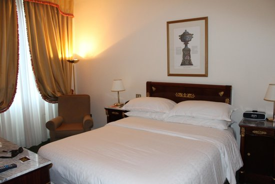 Sheraton Diana Majestic Hotel : comfortable bedroom