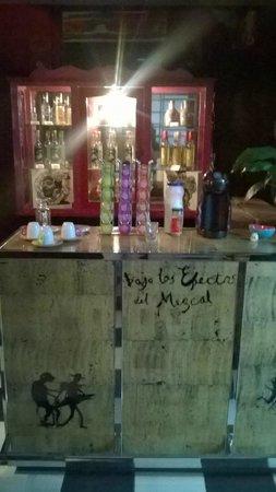 Casa Comtesse : Pequeño bar de mezcal y café
