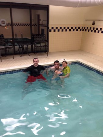 Hampton Inn & Suites Ephrata - Mountain Springs : Indoor pool