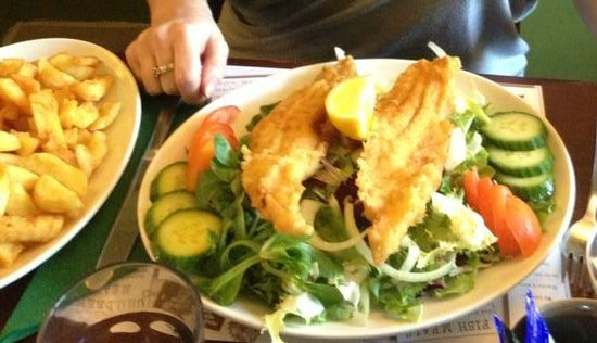 Marino's Fish Restaurant and Takeaway: Served on crunchy salad with side plate of chips