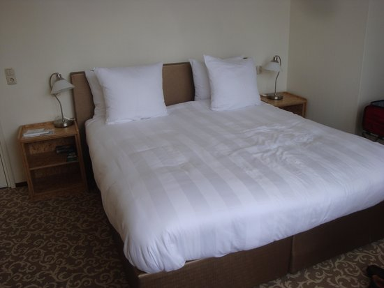 Hotel Fita: large and comfortable bed