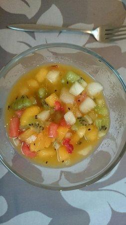 Alen do mar : Fruta fresca del desayuno