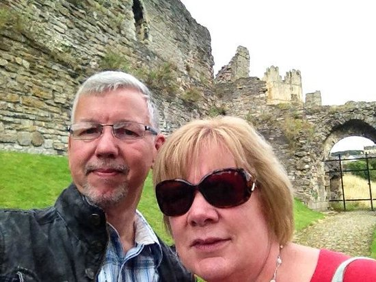 Rosedale Guest House: Myself and the present Mrs. Edwards in Richmond Castle.