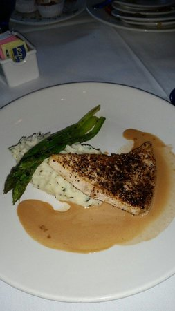 Goldfish: Swordfish with goat cheese mashed potatoes,  roasted asparagus & cognac sauce. Delicious goodnes