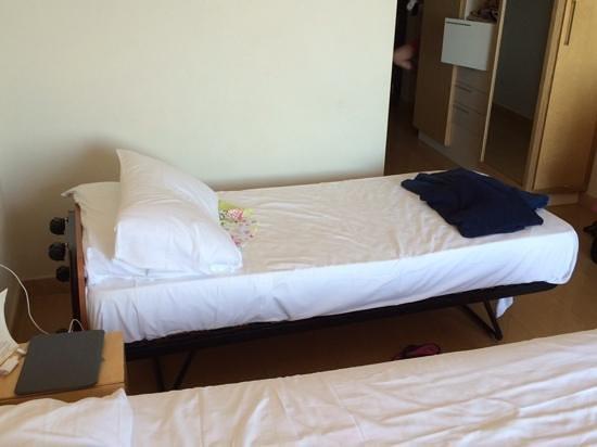 Panoramic Hotel: Zustellbett !!!