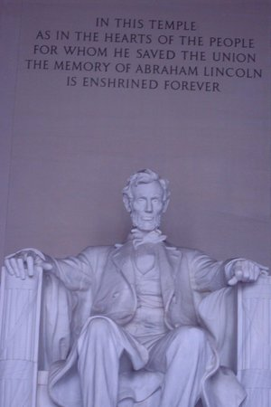 Lincoln Memorial: He saved the Union