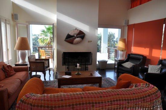 The Lodge Ronda: Livingroom